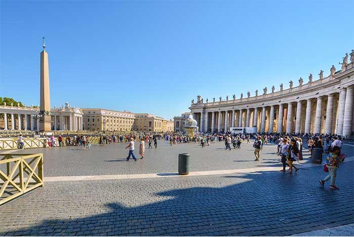 Jalan-jalan Ke Kota Vatikan