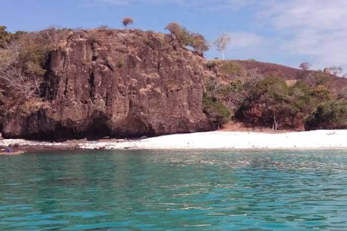 Pantai Ling'al